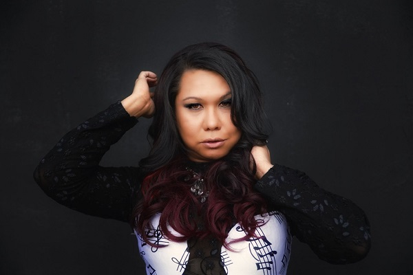 Nadya Profile Pic